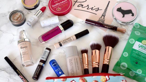 Sei schön ohne Make-up! Wie sorgst du für deine Haut?