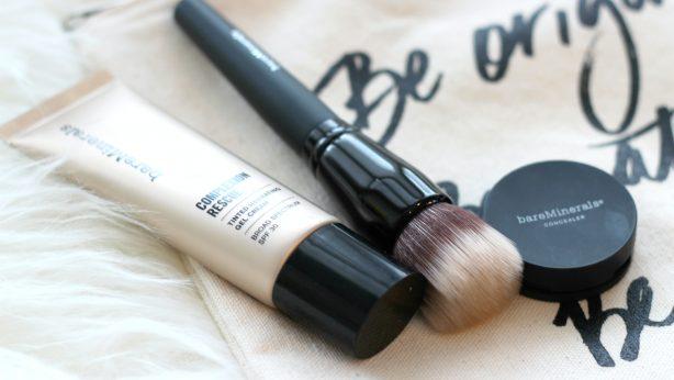 Ein vielseitiges Kosmetikprodukt? Die feuchtigkeitsspendende Creme Complexion Rescue Tinted Moisturizer von bareMinerals